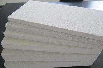 新型聚合聚苯板